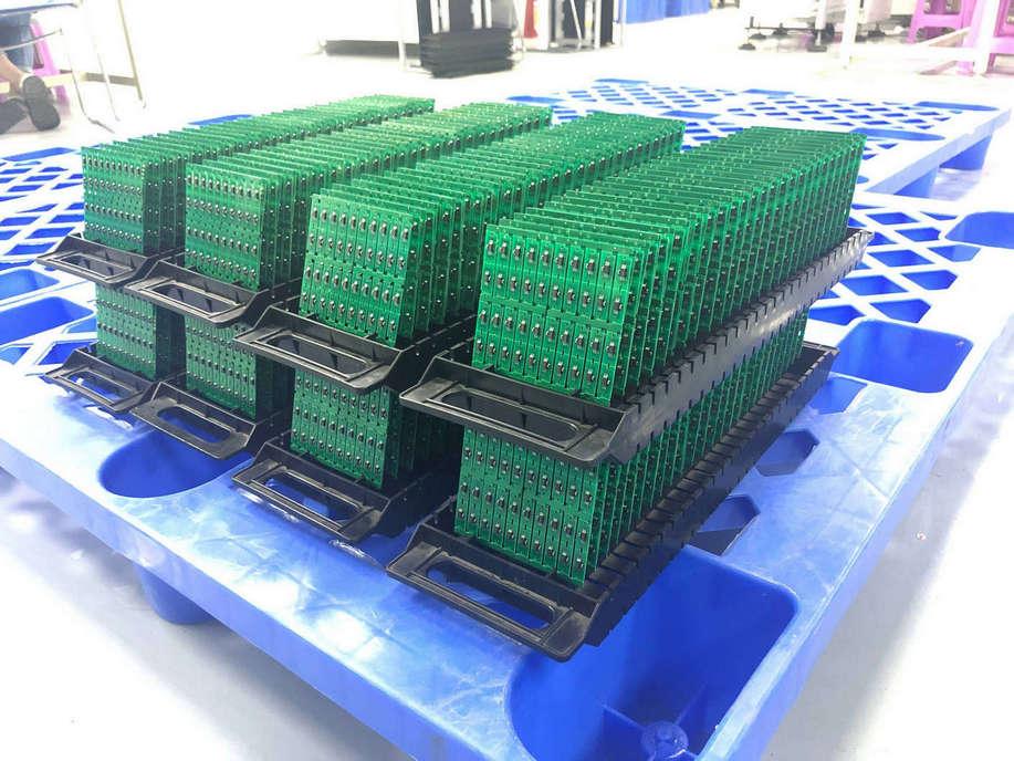 电子代工的PCBA板为什么大多是绿色